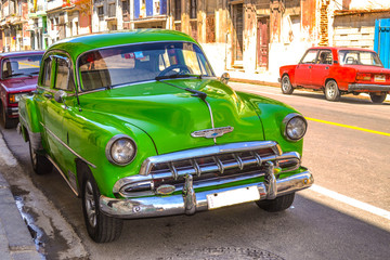 Foto op Aluminium Cubaanse oldtimers Retro and vintage cars in Cuba.