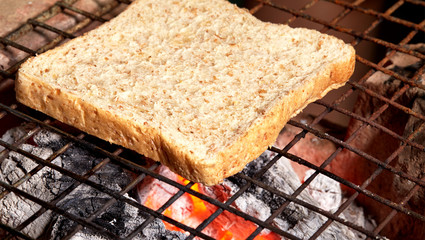 slice bread bake on charcoal stove
