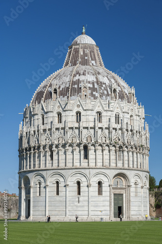 Fototapete Baptistery of St. John in the Piazza dei Miracoli, Pisa, Tuscany