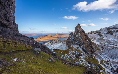 Wall Mural - The Scottish Highlands. View from the Old Man of Storr on a beautiful spring afternoon - Isle of Skye, Scotland, UK