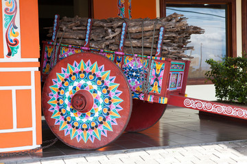 Painted oxcart, Sarchi/Costa Rica