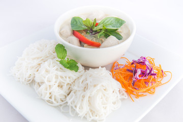 Thai green curry and vermicelli