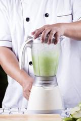 Making Green Apple smoothie