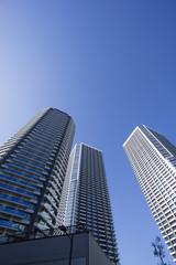 超高層ビル タワーマンション 見上げる イメージ