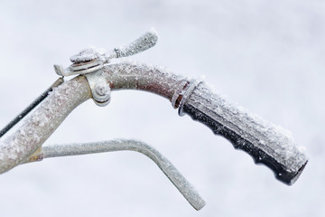 Handlebar frostbite during a cold day