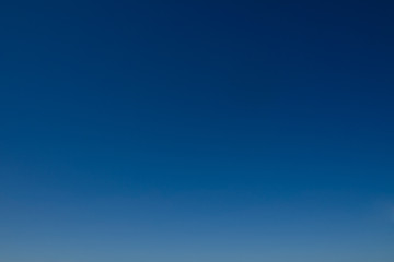 Ideal clear sky as gradient and background.