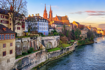 Old town of Basel with Munster cathedral facing the Rhine river, Switzerland Fototapete