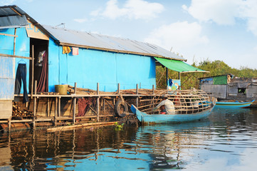 Life on a water in Cambodia