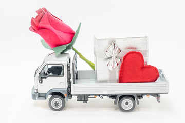 van carrying the heart and the love of Valentine's Day
