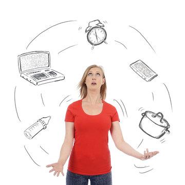 femme jonglant avec multitude de tâches