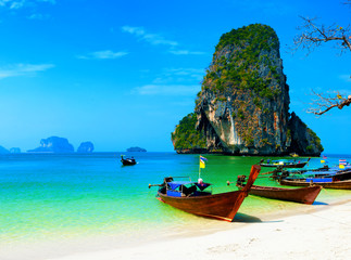 Foto auf Leinwand Tropical strand Thailand ocean beach. Thai journey scenery landscape with wooden boats
