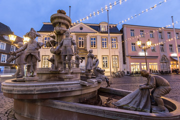 Papiers peints Fontaine historic fountain on the townhall place lippstadt germany in the