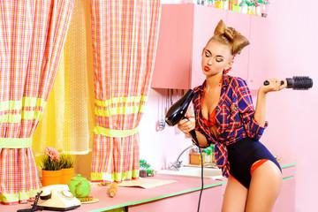 actress on kitchen