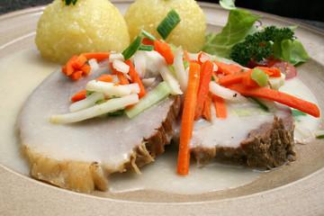 krenfleisch tafelspitz knödel meerettich soße möhren traditionell lifestyle bio-lebensmittel
