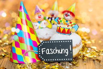 Fasching Krapfen Clown Kinder Pfannkuchen Konfetti