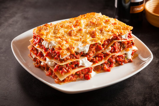 Tomato and ground beef lasagne with cheese
