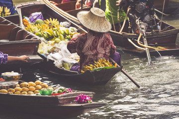 Traditional floating market in Damnoen Saduak near Bangkok