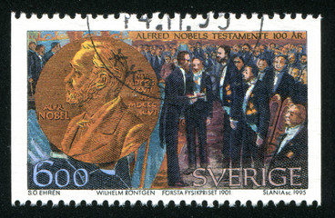 Wilhelm Rontgen receiving the first physics prize
