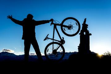 zirveye bisikletle ulaşmak