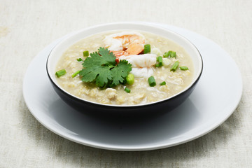 boiled rice with shimp and topping