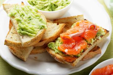 bruschetta with salmon and avocado sauce