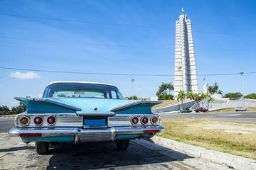 Foto op Plexiglas Cubaanse oldtimers Auto a Cuba