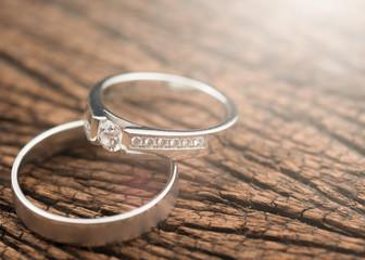 wedding rings on wood,Light Effect