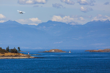 Float Plane Takes off