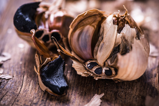 Whole balsamic black garlic