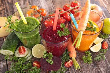Deurstickers Sap detox vegetable juice