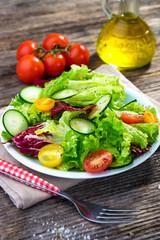 Fototapete - Fresh mixed salad