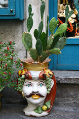 Majolika Keramik - Blumentopf in Taormina, Sizilien, Italien