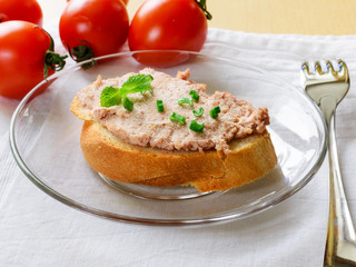 Sandwich with paste and green onions.