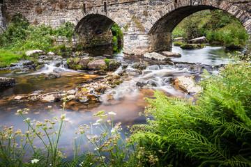 Alte Brücke bei Postbridge Dartmoor, National Park Devon, UK