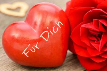Valentinstag und rote Rose