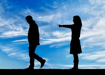 Silhouette woman breaks the relationship with a man