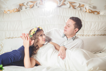 white bride bed groom