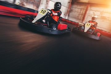 Go kart speed rive indor race oposition race