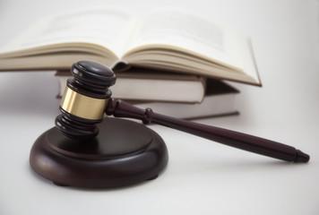 hammer of judge