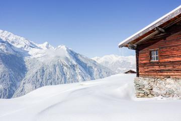 Schihütte in den österreichischen Bergen