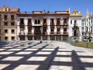 Schattenspiel in Sevilla, Andalusien, Spanien