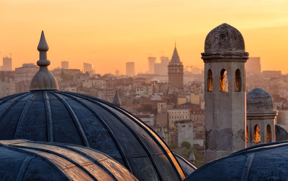 Beyoglu and Galata tower at sunrise, Istanbul, Turkey