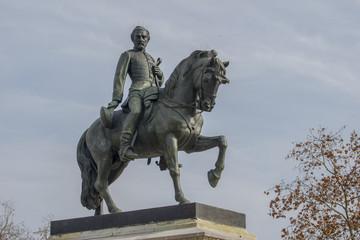 Estatua soldado y caballo