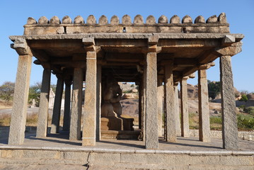 храм Ганеши в деревне Хампи в Индии