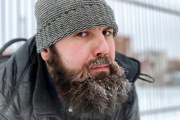 bearded man hat winter