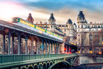View on beautiful Paris bridge near Eiffel Tower: Bir Hakeim !