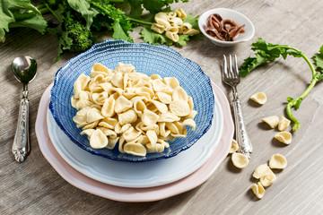 recipe ingrefients for orecchiette with broccoli rabe