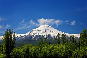 Turkey. Mount Ararat - the tallest peak in Turkey (5137 m)