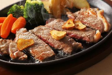 牛ロースステーキ Beefsteak