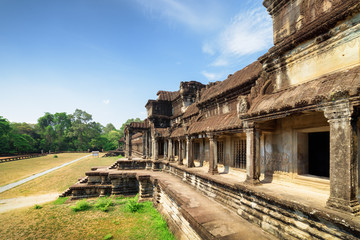 Wall Mural - Outer hallway with columns and one of entrances to Angkor Wat